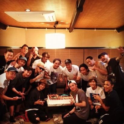 【エンタがビタミン♪】三代目JSB・山下健二郎の誕生日会が豪華すぎる「三十路おめでとう」祝福コメント殺到。