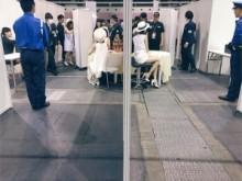 """【エンタがビタミン♪】小嶋陽菜がAKB48""""写真会の裏側""""を公開。たかみなや警備員との対比がシュール。"""
