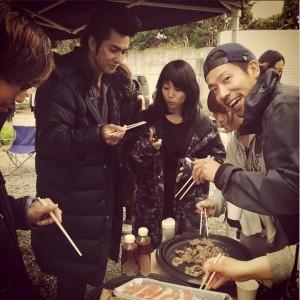 『ヤメゴク』の撮影現場で焼肉パーティー(画像は『大島優子 Instagram』より)