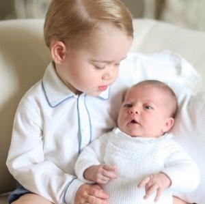 【イタすぎるセレブ達】英チャールズ皇太子、孫自慢が炸裂。「シャーロットは夜泣きもしません!」