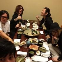【エンタがビタミン♪】GLAYのHISASHI、TAKUROやLUNA SEAのSUGIZOまで。寿司屋で豪華なギタリスト会。