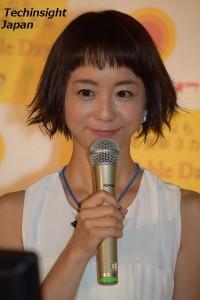 ボンカレーのWebCMを真剣に見る福田萌