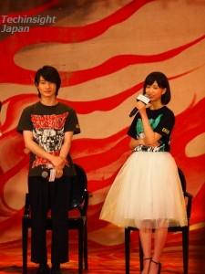 地獄に堕ちる高校生役の神木隆之介と彼が大好きな女性を演じる森川葵