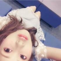 """【エンタがビタミン♪】佐野ひなこの瞳に""""ライト""""が入り異変。「死神の目」と反響。"""