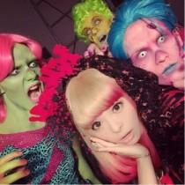 【エンタがビタミン♪】きゃりーぱみゅぱみゅ、新曲『Crazy Party Night』PV撮影の裏側。休憩中のゾンビがシュール。