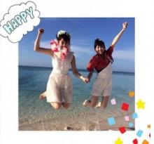 【エンタがビタミン♪】松井玲奈が渾身のアイドルジャンプ! 卒業シングル『前のめり』MVオフショットを公開。