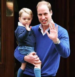 【イタすぎるセレブ達】英ジョージ王子にパパラッチら執着。宮殿からは「プライバシー侵害」と批判声明も。