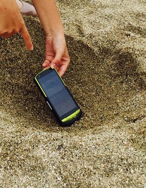 砂に埋める実験も難なくクリア