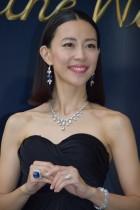【エンタがビタミン♪】木村佳乃「ドキドキしております」。総額29億円のジュエリーを纏う。