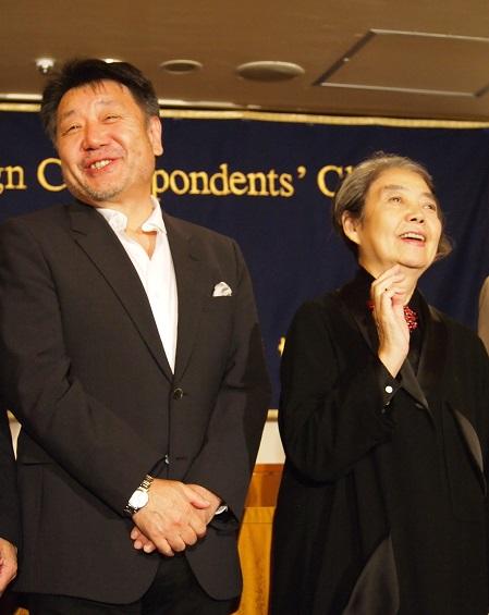 日本外国特派員協会の記者会見にて原田眞人監督と樹木希林