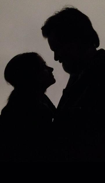 """【イタすぎるセレブ達・番外編】ジム・キャリー、恋人の葬儀を終え""""永遠の愛""""をつぶやく。"""