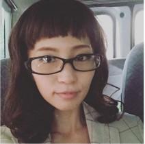 """【エンタがビタミン♪】安田美沙子が""""ぱっつん前髪""""でめがねっ娘に変貌。"""