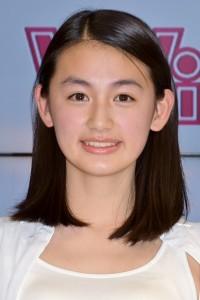 笑顔がとても素敵な八木莉可子さん