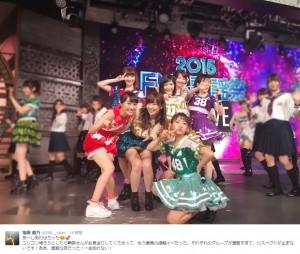 百田夏菜子とAKB48(画像は『指原莉乃 ツイッター』のスクリーンショット)