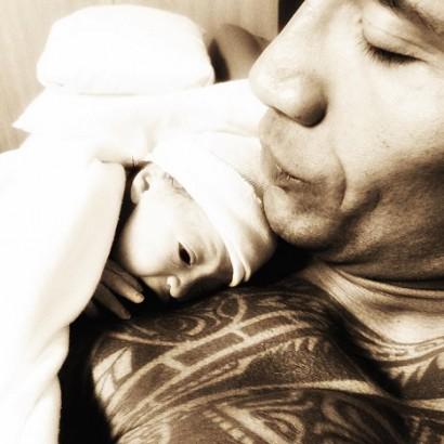 【イタすぎるセレブ達】ドウェイン・ジョンソン、娘の写真を初披露。目鼻立ちはパパ似。