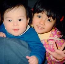 【エンタがビタミン♪】満島真之介、幼少期ツーショットで姉・ひかりの誕生日を祝福。