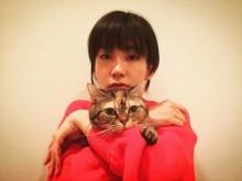 【エンタがビタミン♪】水川あさみ、イヴの夜は愛猫と一緒に「メリクリ」