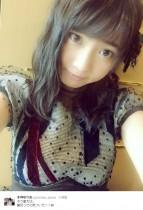 【エンタがビタミン♪】AKB48木崎ゆりあ、いとこが漫画家デビュー「中学3年生なの! おめでとう」
