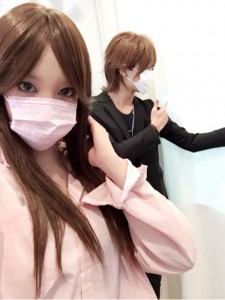 DAIGO&北川景子のものまねメイクをしたざわちん&大倉士門(出典:http://ameblo.jp/zawachin)