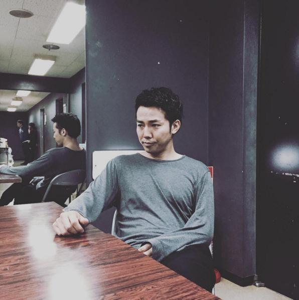 控え室でのピース綾部(出典:https://www.instagram.com/oreirie0408)