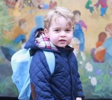 【イタすぎるセレブ達】ジョージ王子、登園デビュー 英王室が写真公開