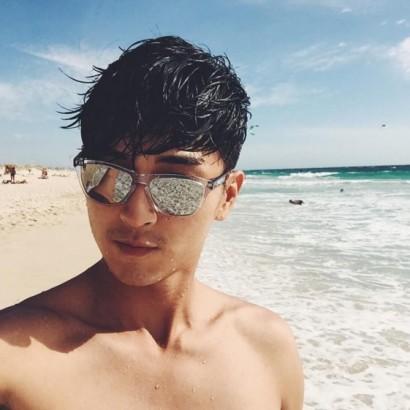 【エンタがビタミン♪】松田翔太、ビーチでの1枚にファン歓喜「鎖骨拝みたい」