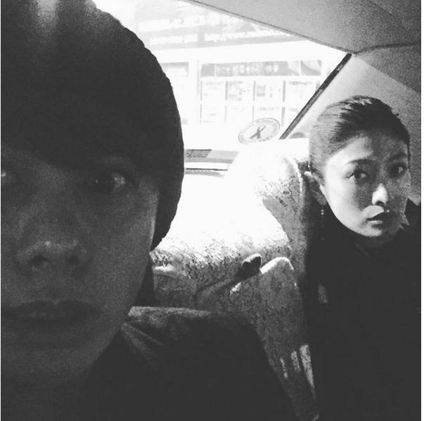 車中の山田親太朗と山田優(出典:https://www.instagram.com/shintaro.y)