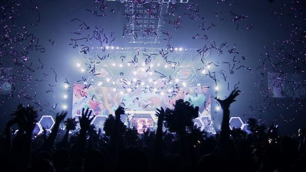 ステージと観客が一つになる安室奈美恵のライブ