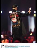 """【イタすぎるセレブ達】ジャスティン・ビーバー、英音楽授賞式で""""東京""""衣装 日本人ファン歓喜"""