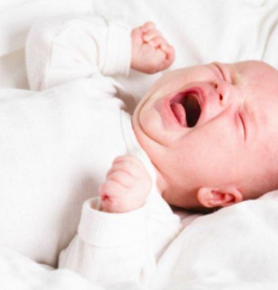 【海外発!Breaking News】乳児虐待死 逮捕の26歳父親「10分も泣かれてイラッと来た」(米)