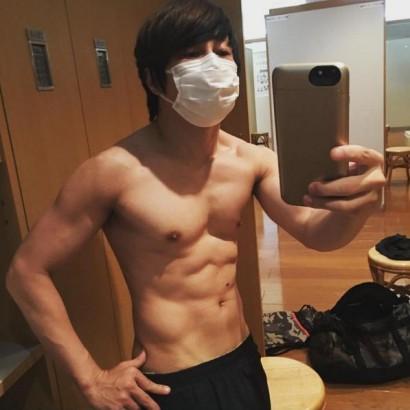 【エンタがビタミン♪】西川貴教、ジムで選手と間違われる 肉体美に「ブルース・リー?」