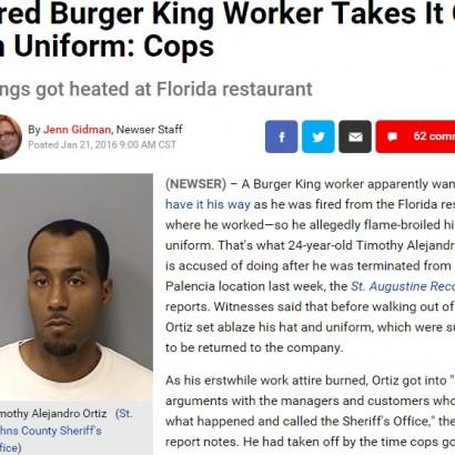 【海外発!Breaking News】バーガーキングをクビになった男、店の前でユニホーム燃やす(米)