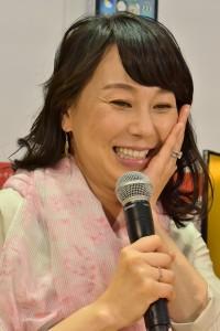 今月末出産を控え「お腹も顔もパンパン」の東尾理子