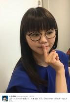 """【エンタがビタミン♪】いきものがかりに""""アラレちゃん""""? 吉岡聖恵のめがね姿が「可愛いすぎ」"""