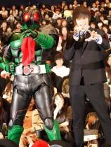 【エンタがビタミン♪】窪田正孝は「宿題を忘れる子供のよう」? 憧れのヒーローと対面