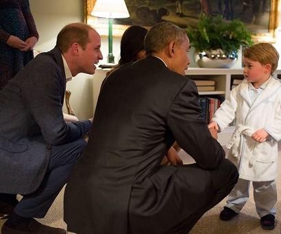 【イタすぎるセレブ達】英ジョージ王子、パジャマ姿でオバマ大統領夫妻と対面