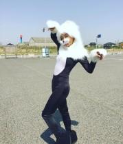 【エンタがビタミン♪】華原朋美がスレンダーな猫に 謎のコスプレ披露も「可愛い」と好評