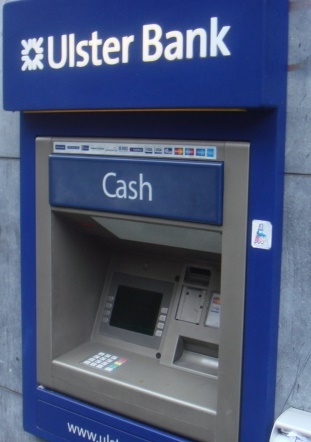 【海外発!Breaking News】ATM故障でホームレスに大金! 「酒に消え返却困難」で服役へ(北アイルランド)