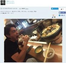 【エンタがビタミン♪】山田孝之がムロツヨシのひとり焼肉に乱入 食べっぷりに「さすが勇者」