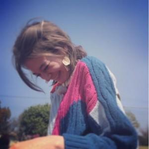 アンジャ児嶋が偶然撮った瑛茉ジャスミンの笑顔(出典:https://www.instagram.com/emmajasmine12345)