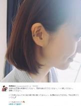 """【エンタがビタミン♪】大島優子の耳に絵の具? 宮澤佐江が""""心友""""ならではの1枚"""