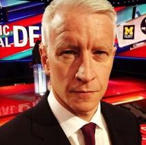 【イタすぎるセレブ達・番外編】CNNアンダーソン・クーパー フロリダ銃乱射事件のニュースで嗚咽