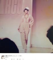 【エンタがビタミン♪】池田エライザが公開 母親の若きモデル時代に「顔小さすぎ」