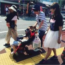 【エンタがビタミン♪】田村淳がベビーカー体験 歩道の段差に苦戦「ママさん達は大変だ…」