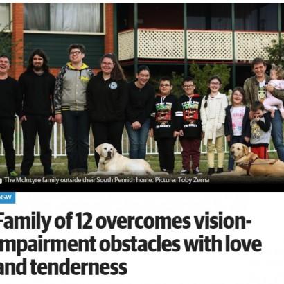 【海外発!Breaking News】先天性眼病の母に10人の子 5人に遺伝も支え合う豪ファミリー