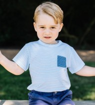 【イタすぎるセレブ達】英ジョージ王子3歳に 最新写真が「ウィリアム王子にソックリ」