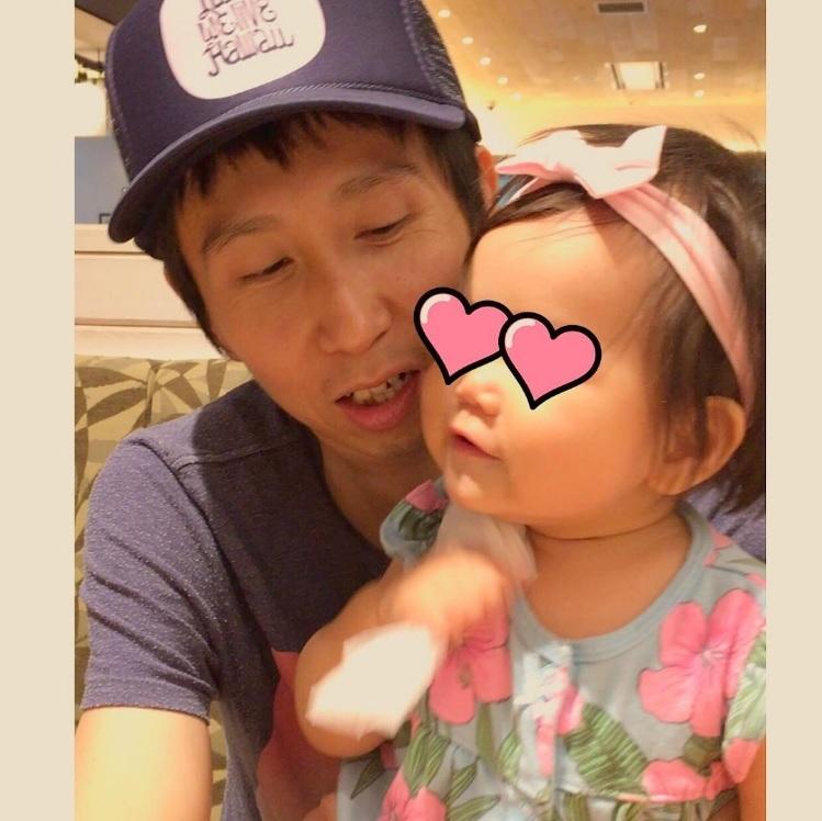 【エンタがビタミン♪】アンガ山根、愛娘と頬を寄せつつ「あと何年こうしていられるかな?」