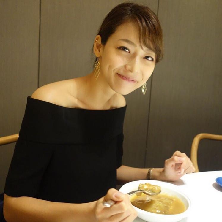 """【エンタがビタミン♪】""""新婚""""相武紗季が「さらにキレイになってる!」 プライベートショット公開で"""