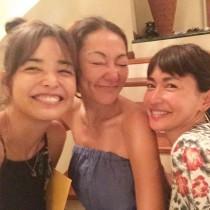 【エンタがビタミン♪】ハワイの長谷川京子と梨花に反響 すっぴんでも、子どもを叱っていても美しい