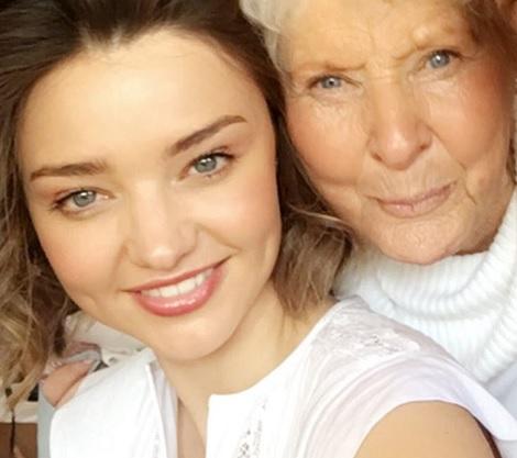【イタすぎるセレブ達】ミランダ・カー、美貌は遺伝 祖母もなかなかの美女だった!